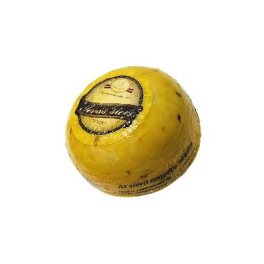 Ievas siers ar siera amoliņa sēklām